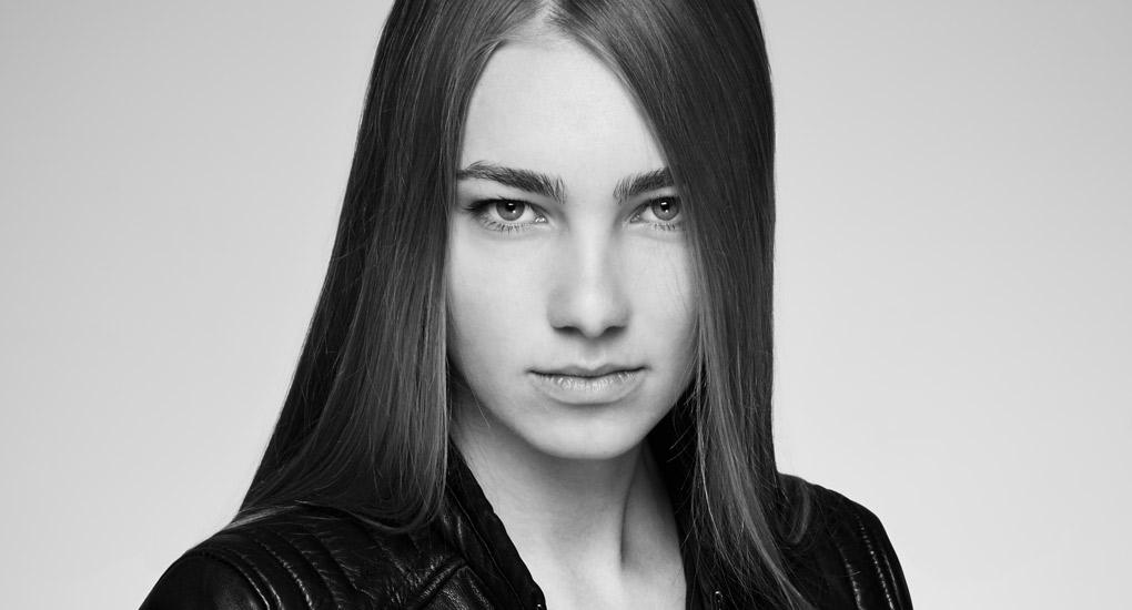 Jerold Partouche a shooté Julia de l'agence Mademoiselle pour un test mannequin.