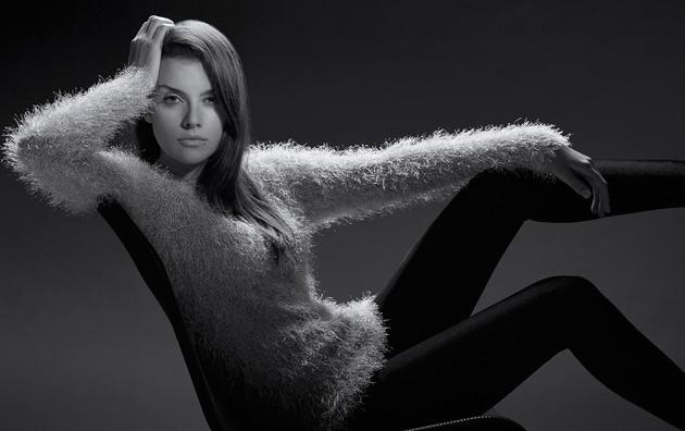 Jerold Partouche photographe mode et beauté réalise un test mannequin avec Caroline
